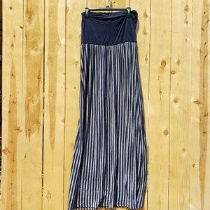 Forever 21 Dresses - Tube top maxi dress